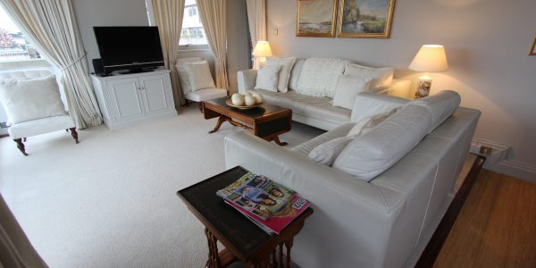 Short let London apartment rental in Southwark and Blackfriars