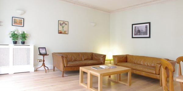Short let London apartment rental Covent Garden